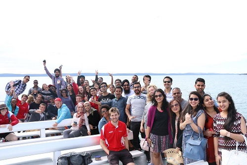 Griffith Mates - Whale Watching Day Trip / Brisbane Students